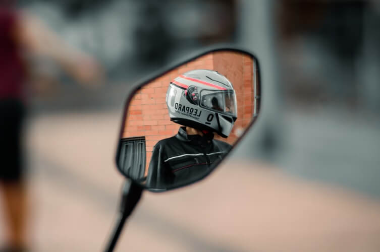 The Ultimate Guide to Buying a Motorcycle Helmet